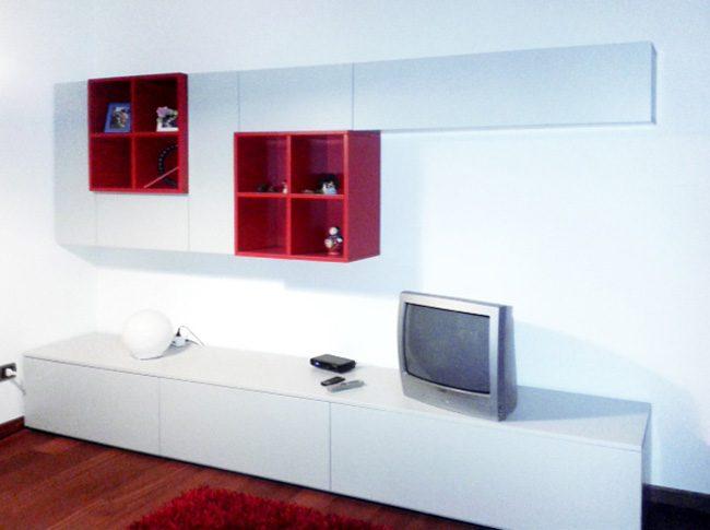 Mobile tv parete