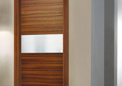 Porta tamburata Mod. CST essenza teak inserto in acciaio