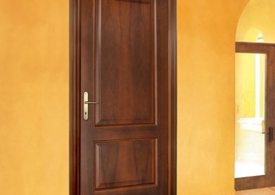 Porta tamburata Mod. D essenza noce nazionale