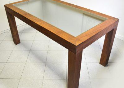 Tavolo in teak e vetro